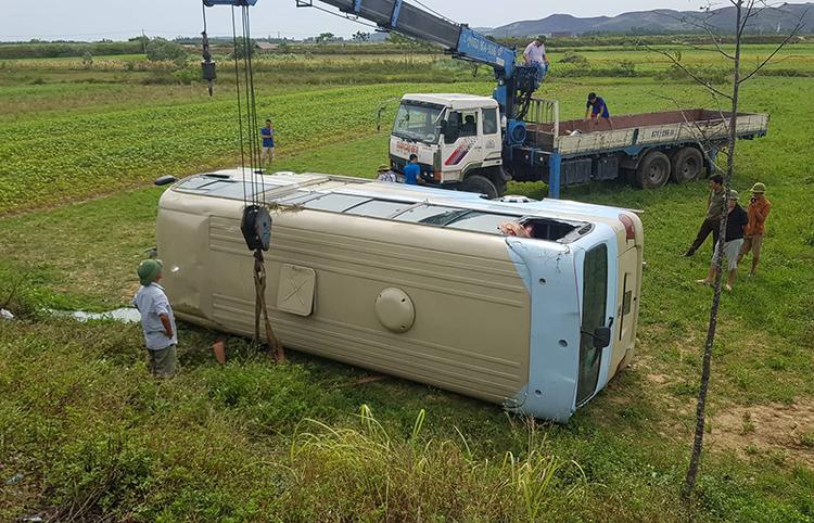 Xe gặp tai nạn ở xã Nam Cường